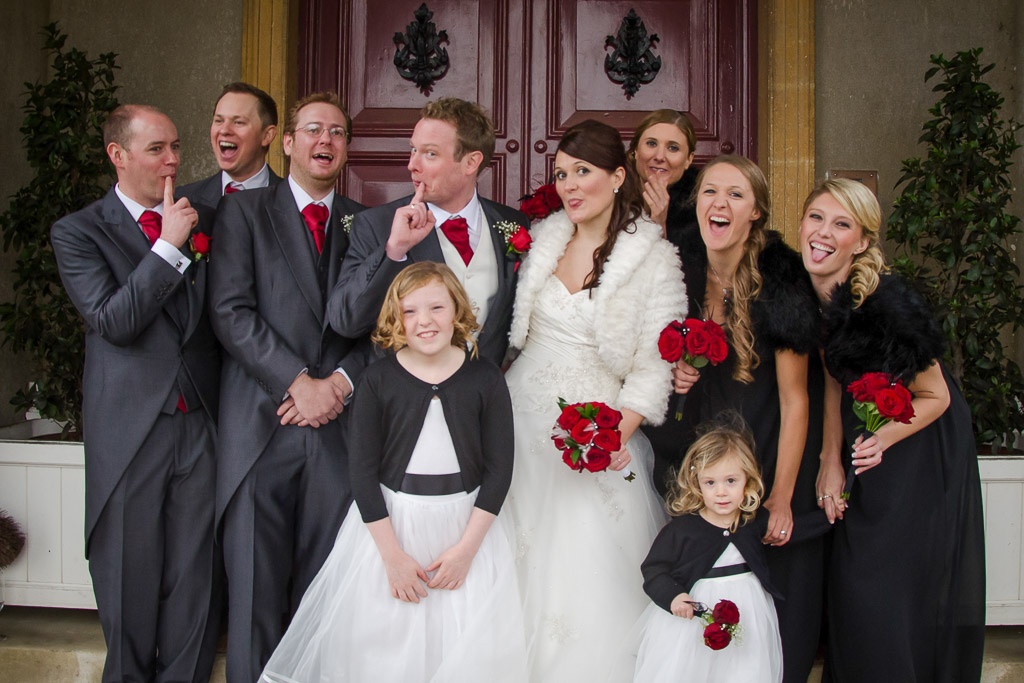 Fun wedding photography with a group photo